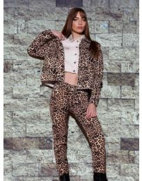 Дамски комплект суичър и панталон с атрактивен десен - код 8884 - 2
