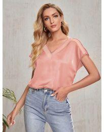 Атрактивна свободна дамска тениска в розово - код 5754