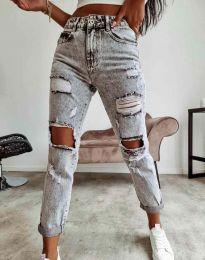 Ефектни дамски дънки с кръпки в сиво - код 9586