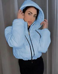 Късо дамско спортно яке с качулка в светлосиньо - код 6657