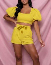 Дамски комплект къс топ и панталонки в жълто - код 0851