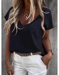 Дамска тениска с остро деколте в черно - код 0589