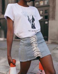 Бяла тениска с ефектен принт - код 2310