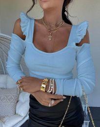 Блуза в светлосиньо с голи рамене ефектни ръкави рипс - код 2380