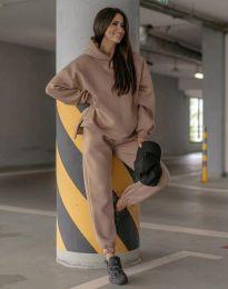 Спортен свободен дамски комплект долнище и суичър с качулка в цвят капучино - код 0827