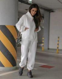 Спортен свободен дамски комплект долнище и суичър с качулка в бяло - код 0827